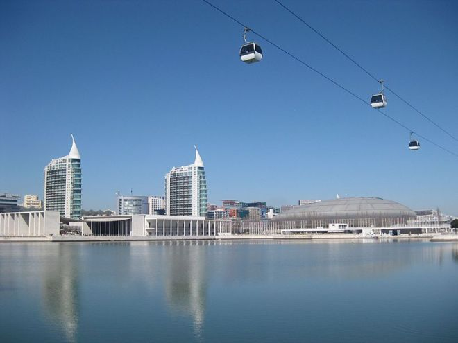 Lisbon_Expo_'98_area_-_panoramio_nm